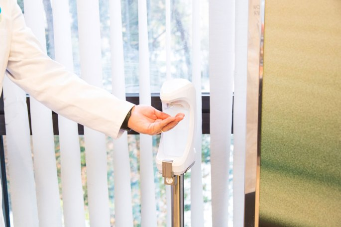 Bild von einem Händedesinfektionsspender